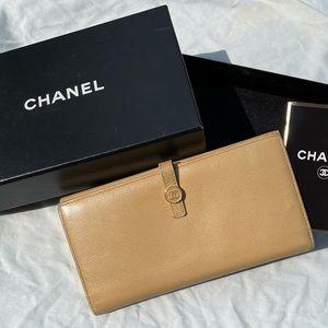 🔥🛍Chanel Tan long Wallet